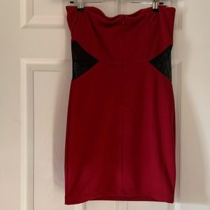 Forever 21 Dresses - Forever 21 strapless dress size large